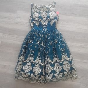 NWT Chi Chi London Dress
